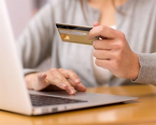 Vklady za pomoci platebních karet